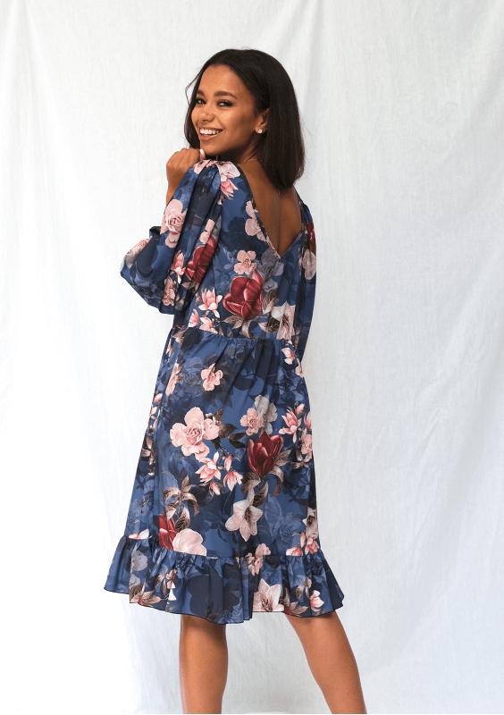 Jesienne sukienki z motywem kwiatowym - poprawa humoru w pochmurne dni