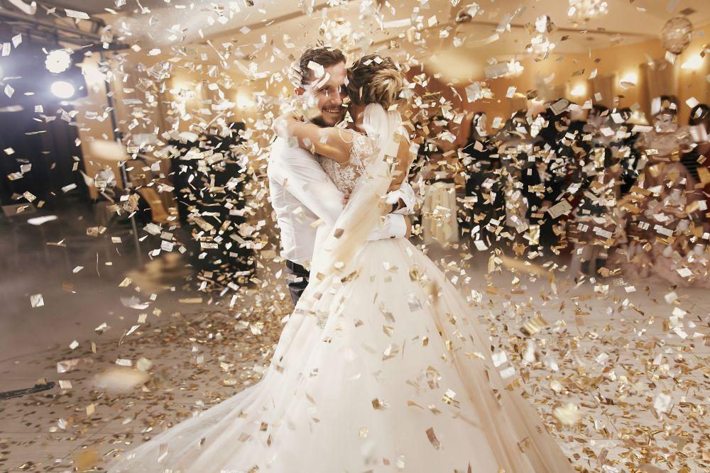 Jaką sukienkę wybrać na wesele?