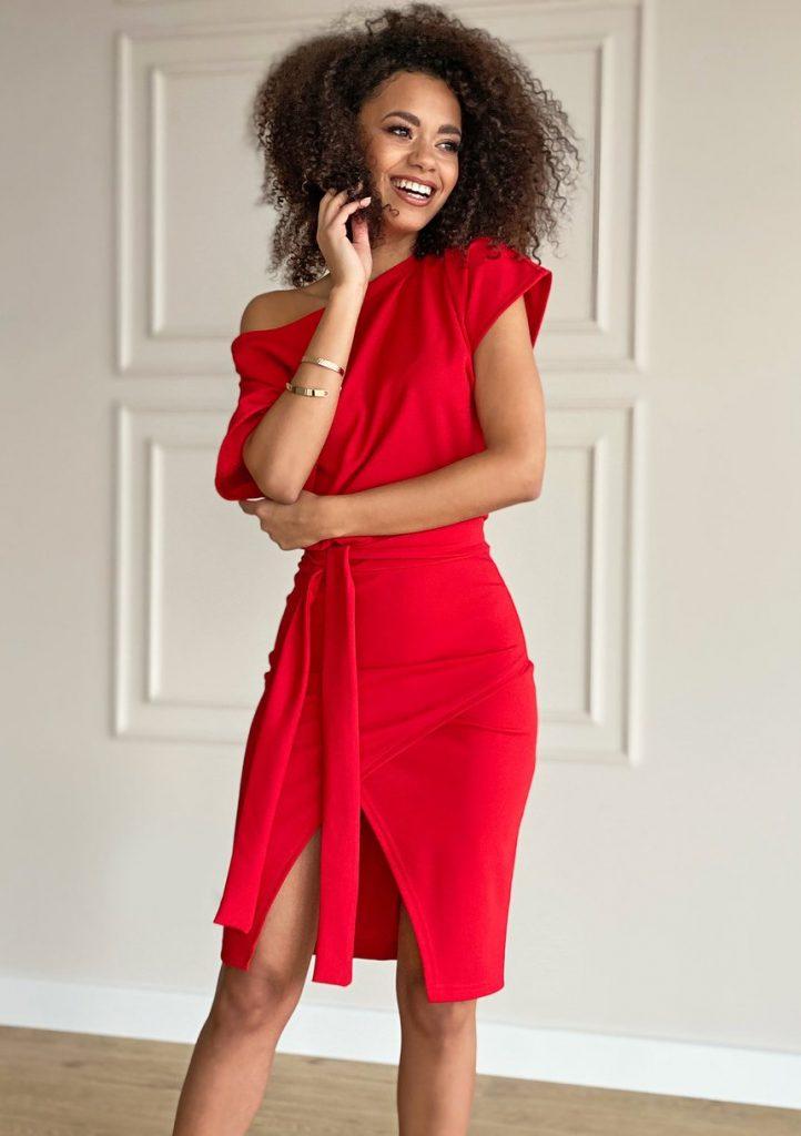 dodatki do czerwonej sukienki - bransoletki
